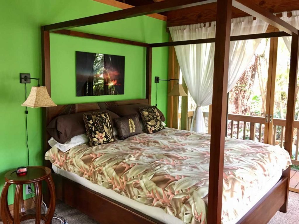 Jade Garden suite at our luxury vacation rentals in Hawaii